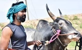 Soori's mass pics with his Jallikattu Kaalai goes viral