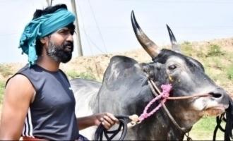 Soori's mass pics with his Jallikattu Kaalai goes viral