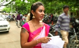 Shocking: Actress Sri Reddy attacked!
