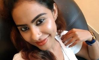 சென்னை காவல்நிலையத்தில் நடிகை ஸ்ரீரெட்டி திடுக்கிடும் புகார்!