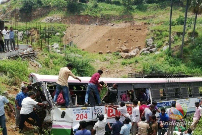 30 feared to be dead in Telengana bus accident