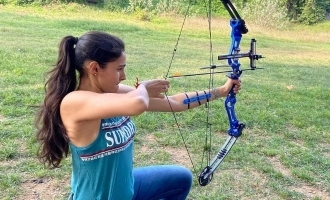 Andrea's archery training for Master - video stuns netizens!