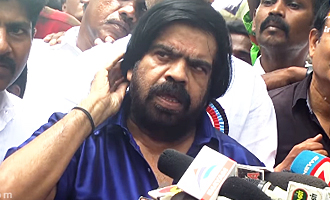 T Rajendar fights with the PRESS & Angry Speech