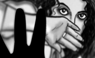 உத்திரபிரதேசத்தில் பாலியல் வன்கொடுமைக்கு ஆளான பள்ளி மாணவி.நான்கு சி.ஆர்.பி.எப் வீரர்கள் கைது.