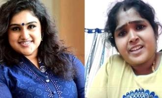 போலீசார் முன் 3 மணி நேரம் நடந்த பேச்சுவார்த்தை: வனிதா-சூர்யாதேவி சமாதானமா?