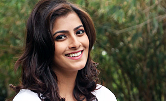 Bala is sure I'll end up becoming a Director : Varalaxmi Sarathkumar Interview