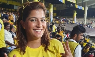 Varalakshmi released Thala Dhoni birthday DP in her twitter page