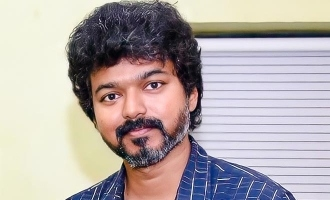 Vijay's latest photos with fans in casual look turns viral!