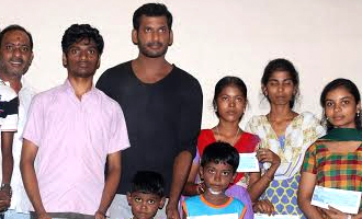 Actor Vishal Helps 10 poor Students by Paying their College Fees