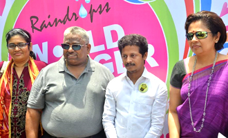 Music Director AR Raihanah and Lakshmi Ramakrishnan flagged off Raindropss Free Food Truck on World Hunger Day