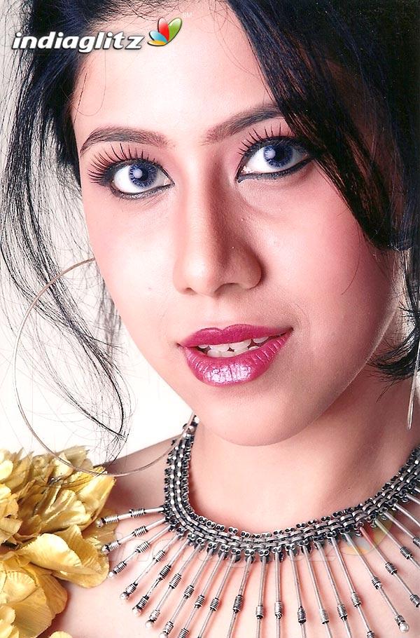 Alfiya Anum