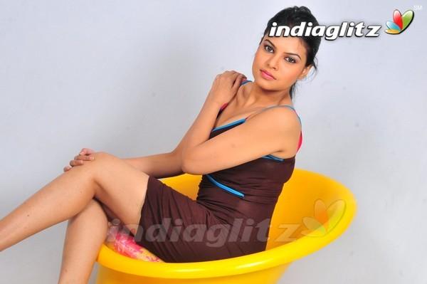 Deepali Purohit