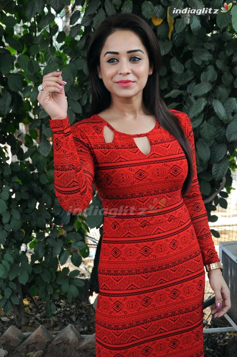 Manesha Chatarji