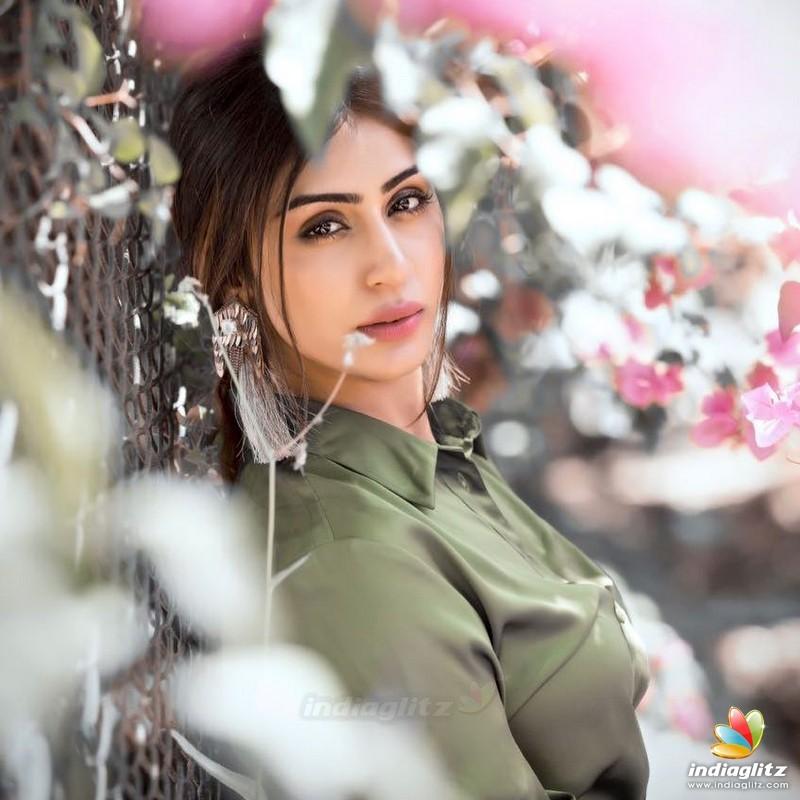 Myra Sareen