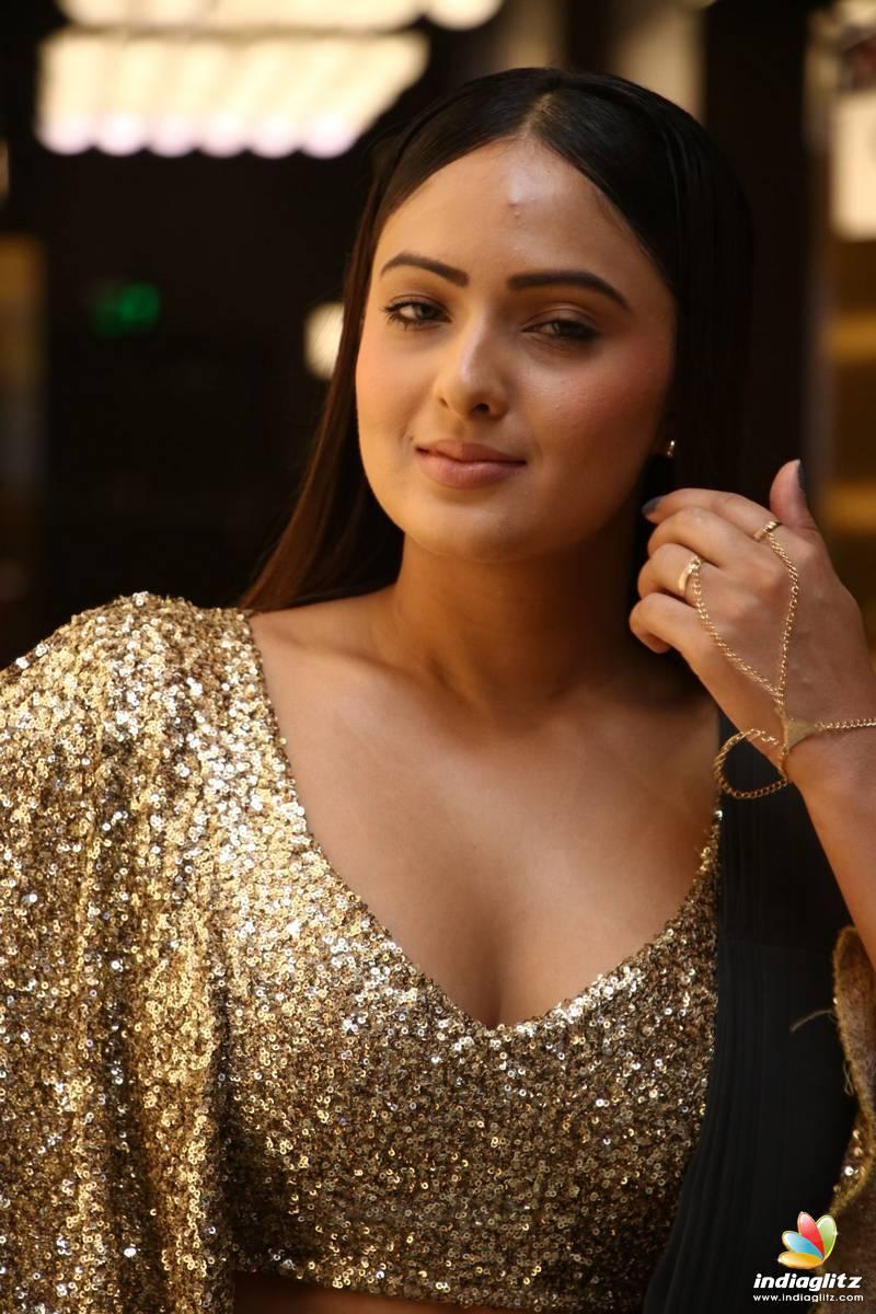 Nikeesha Patel