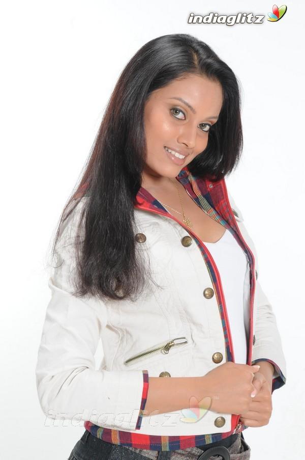 Nikki Das