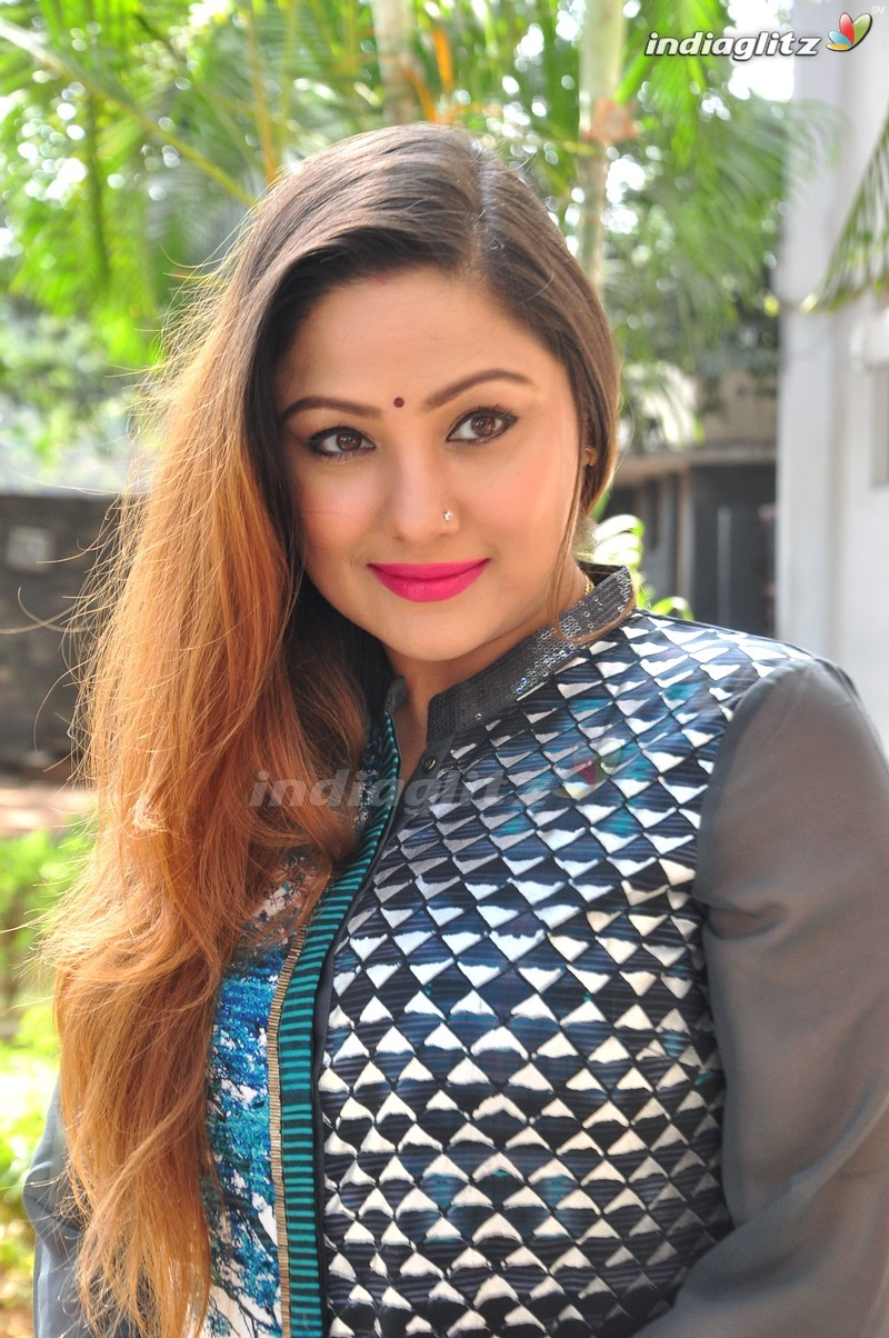 Watch Priyanka Upendra video