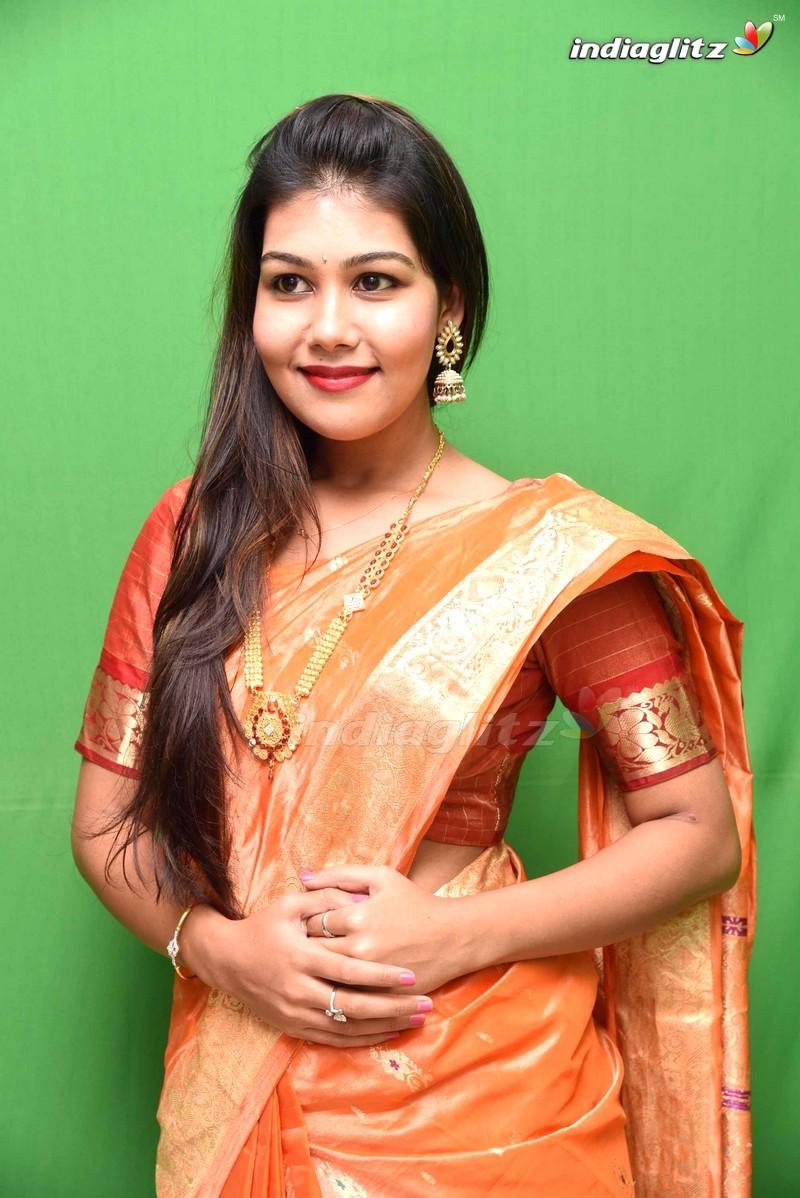 Rachana Smit