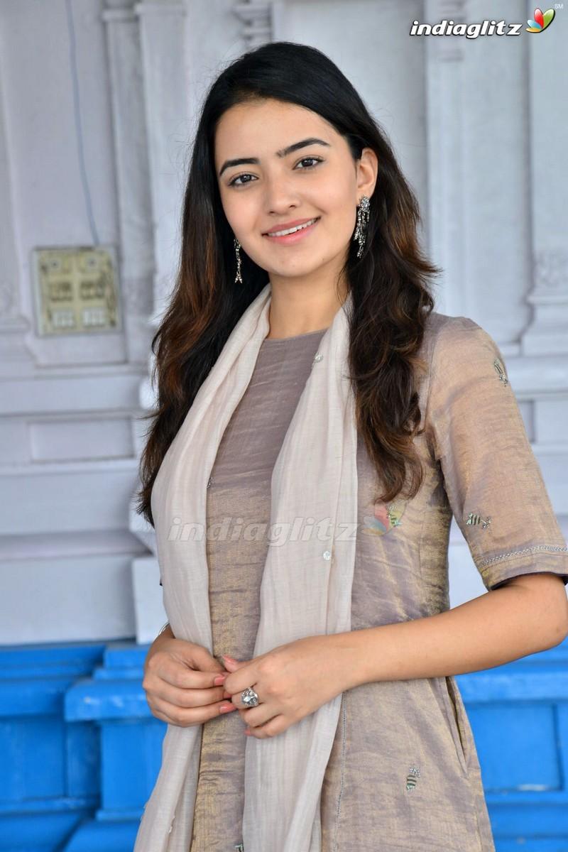Rukshar Mir