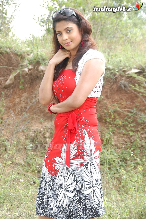 Saira Bhanu