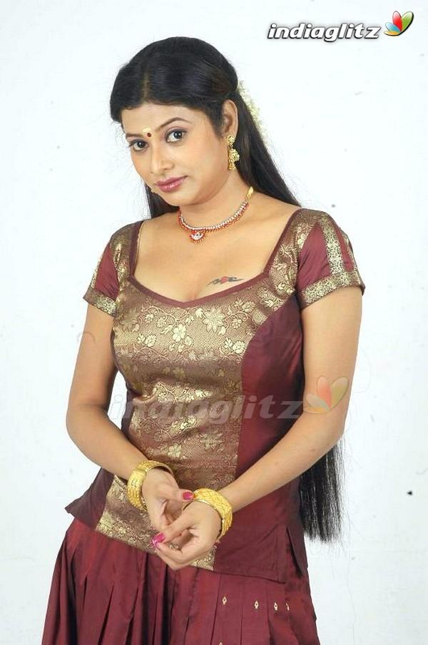 Shobhana Nayudu