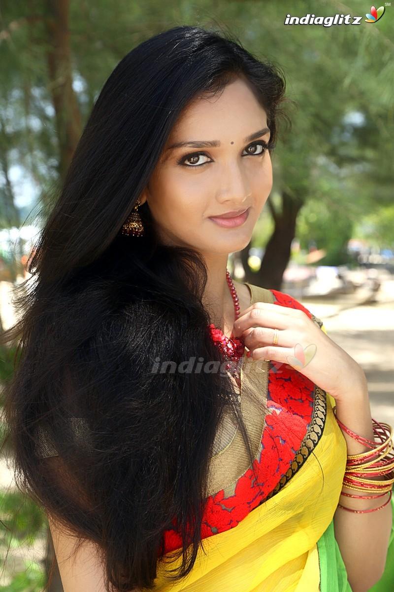 Surabhi Santosh