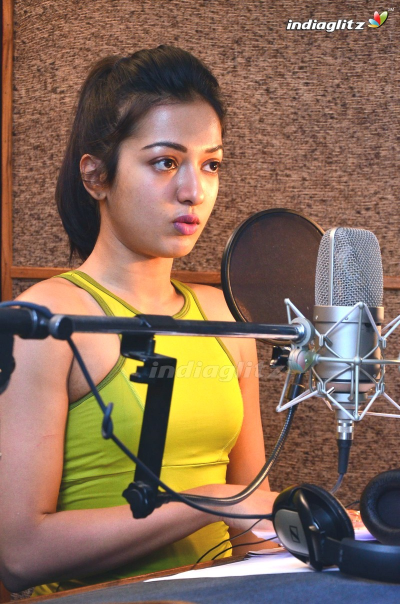 Catherine Tresa dubbing for 'Gautham Nanda'