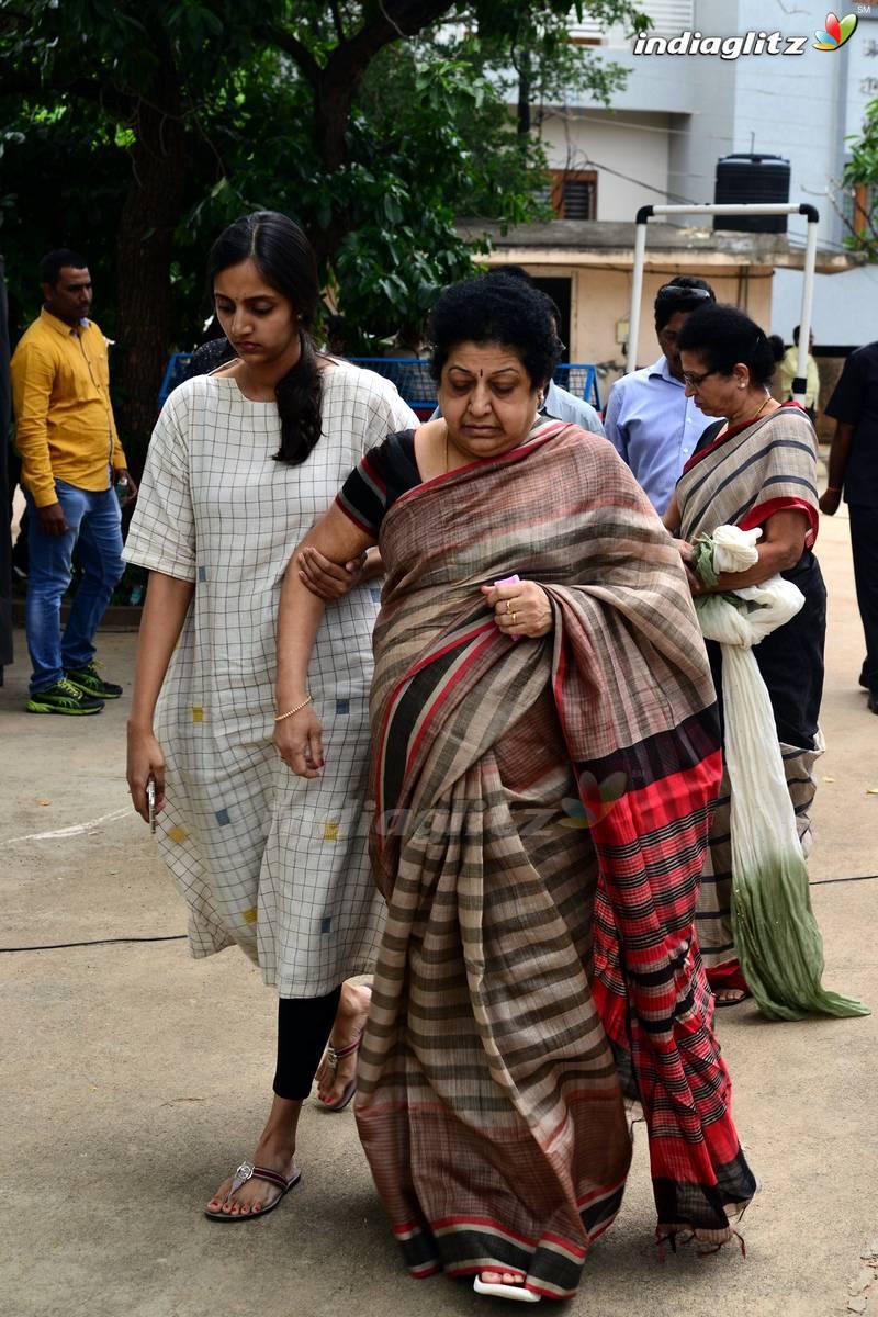 Celebs Pay Last Respects To Nandamuri Harikrishna
