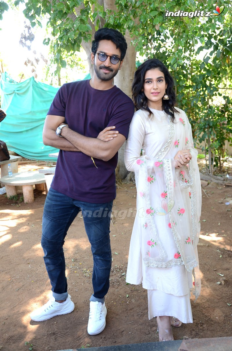 Aadhi Pinisetty's 'Clap' Movie Launch