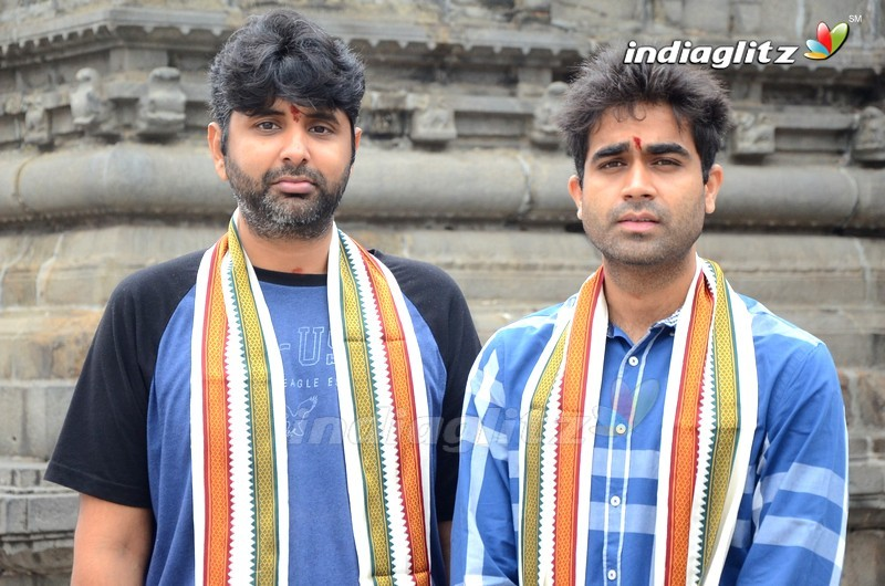 'Evaru' Team Promotions in Vizag