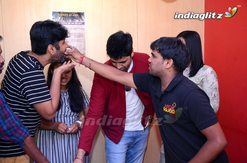 'Evaru' Team Bullayya College and Radio Mirchi In Vizag