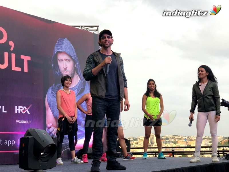 Hrithik Roshan Promotes Fitness At Inorbit Mall