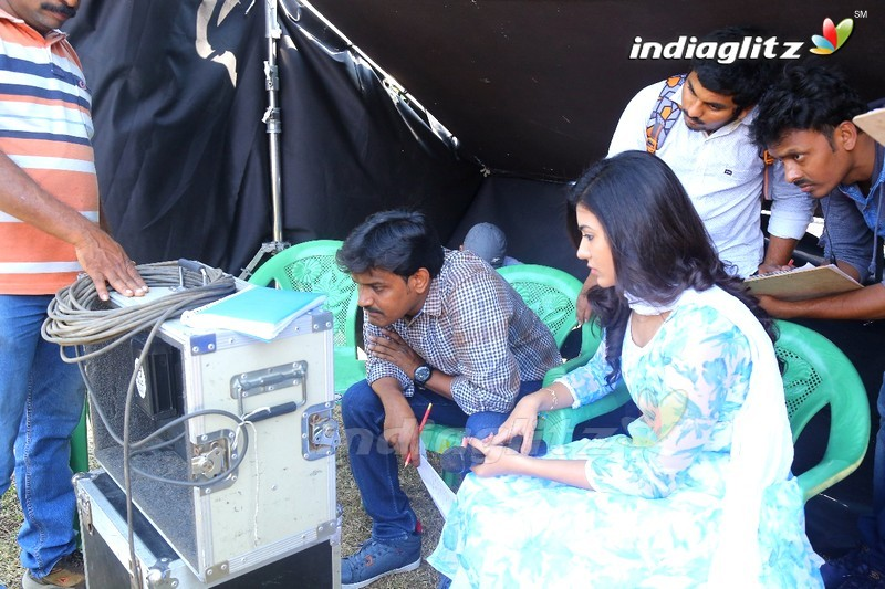 'Idam Jagath' On Location