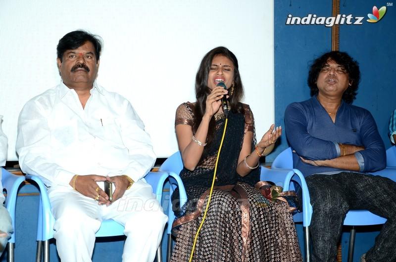 Sivaji Raja Launches 'Mahila Kabbadi' 1st Song