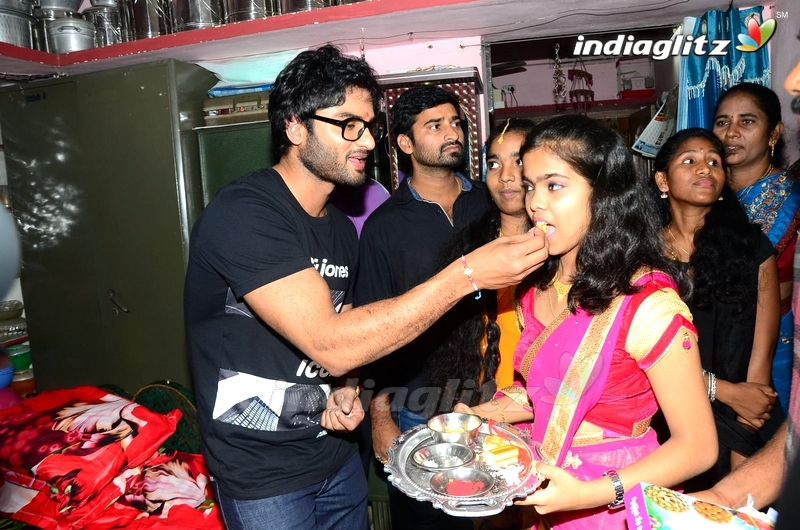Sudheer Babu Fans Meet in CMR Mall,Vizag and Srikakulam