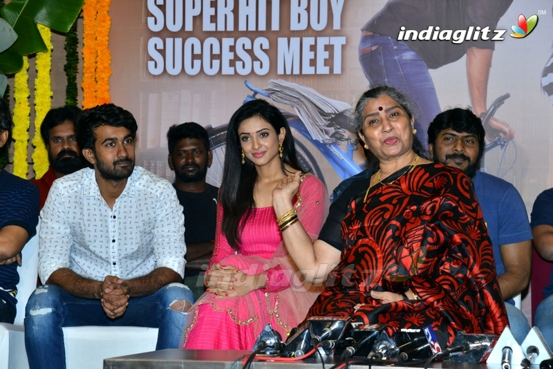 'Paper Boy' Success Meet