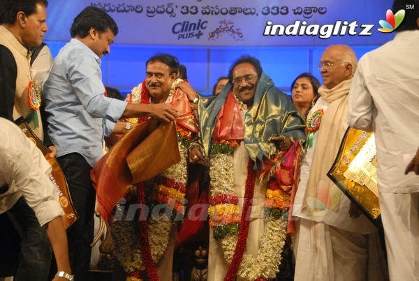 Paruchuri Brothers Felicitated