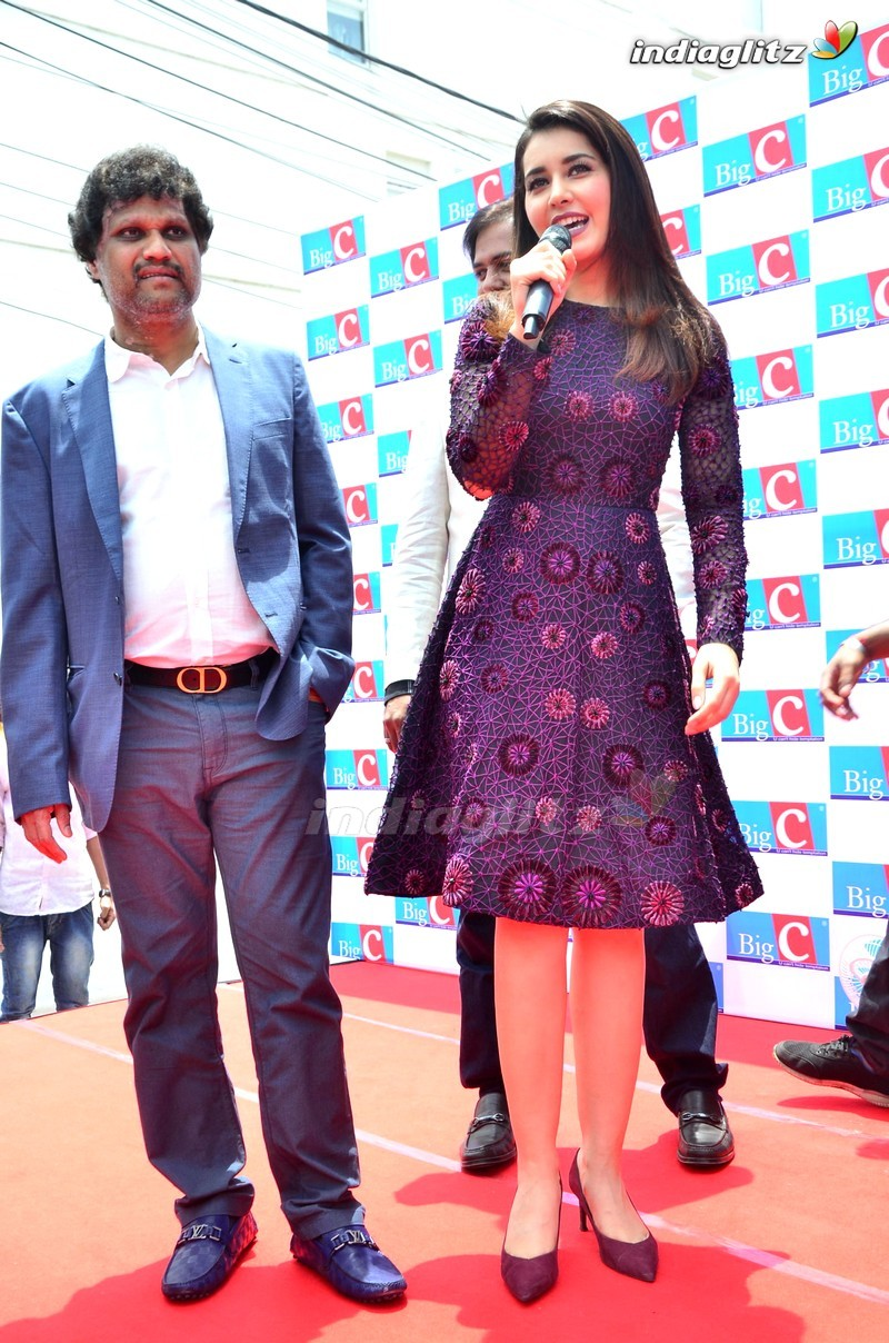 Raashi Khanna Launches Big C Mobiles Hyderabad 50th Store