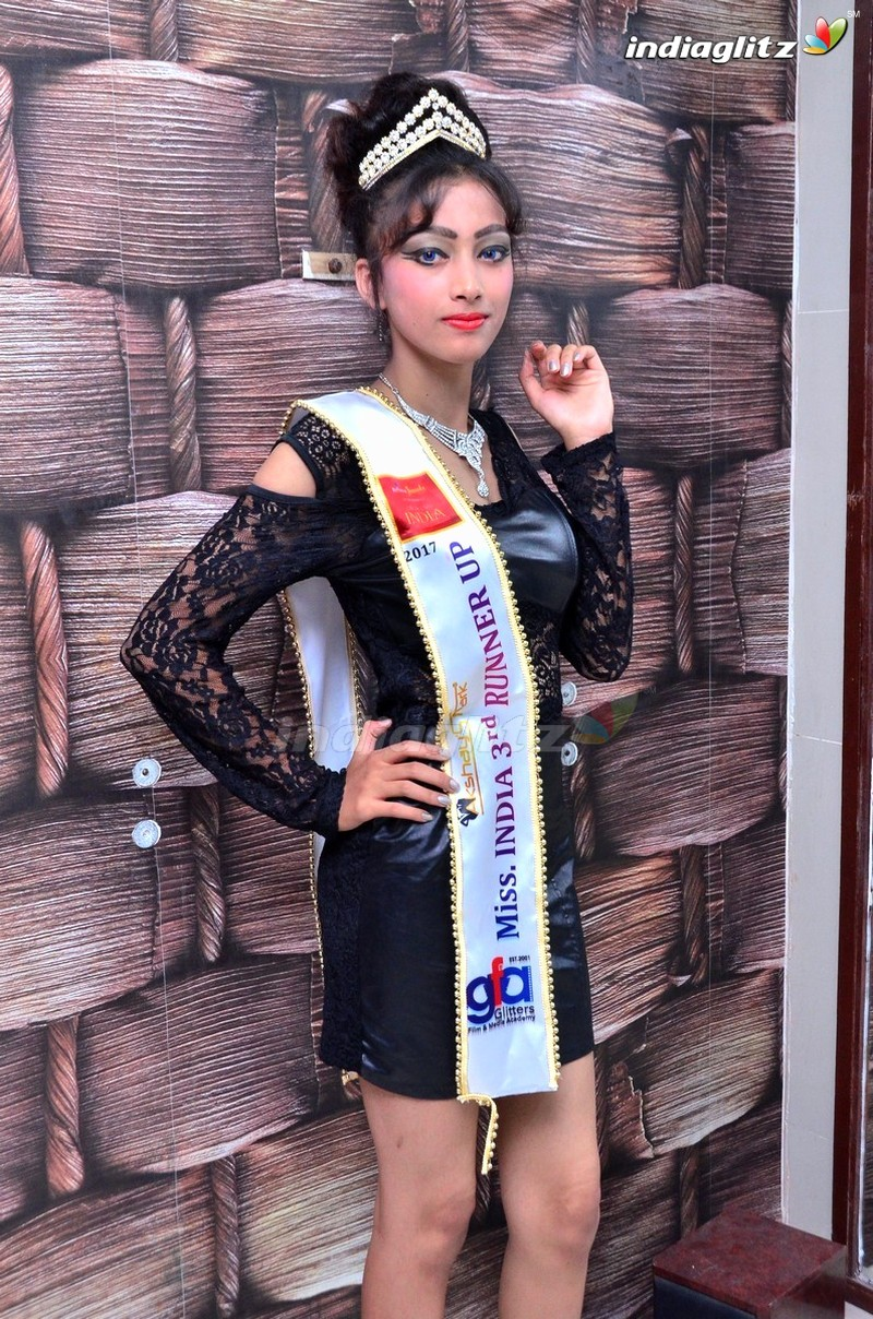 Reliance Jewels Mr & Miss India Winners Press Meet