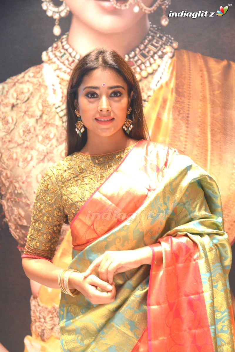 Shriya Saran Launches VRK Silks @ Secunderabad