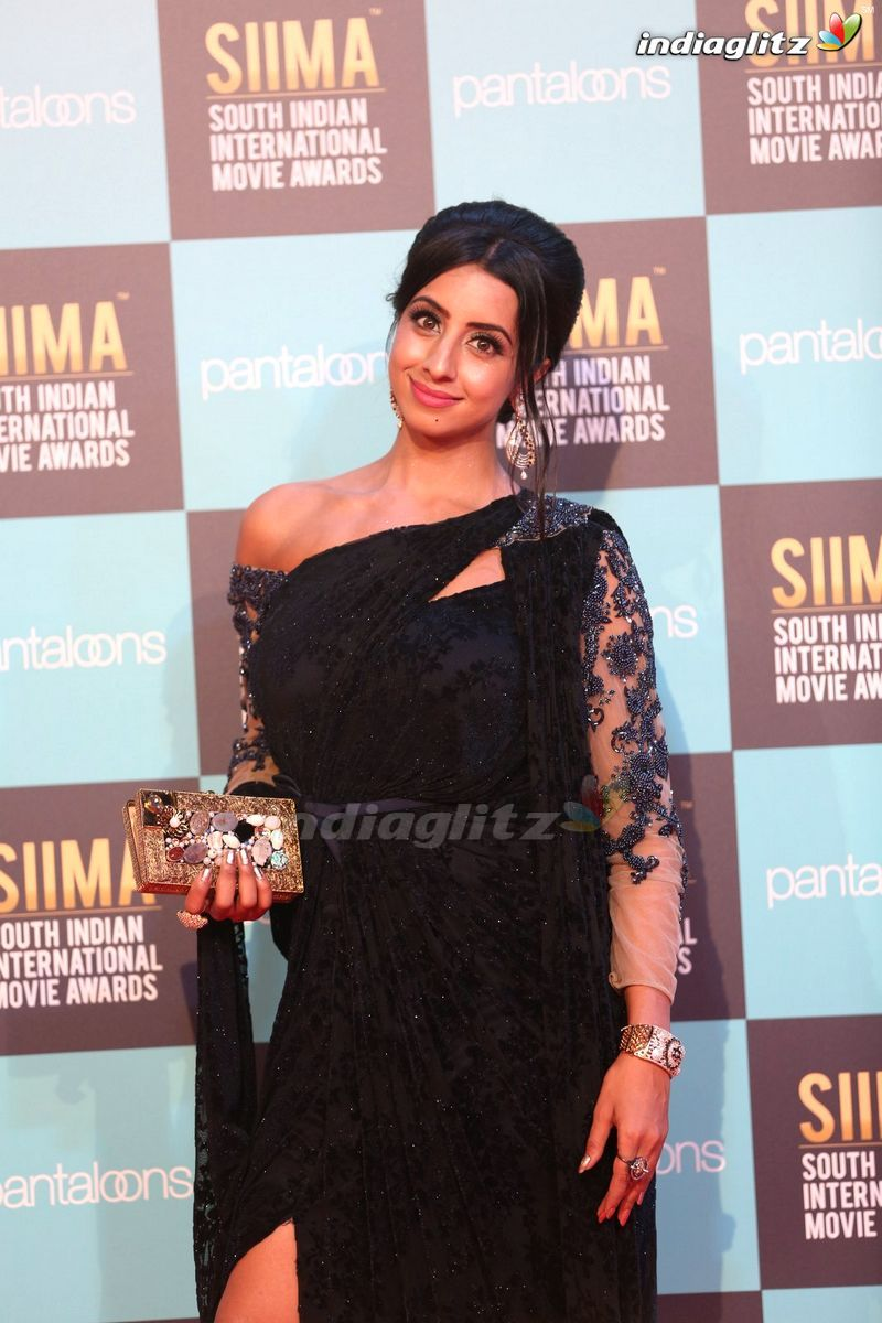Events - SIIMA Awards Red Carpet 2018 @ Dubai Movie Launch
