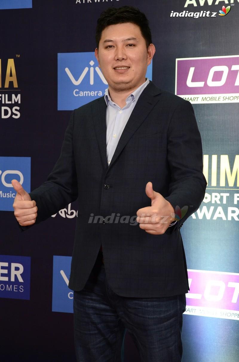 Celebs @ Vivo SIIMA Short Film Awards