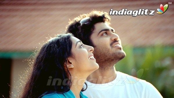 Andari Banduvaya Music review songs lyrics - IndiaGlitz.com