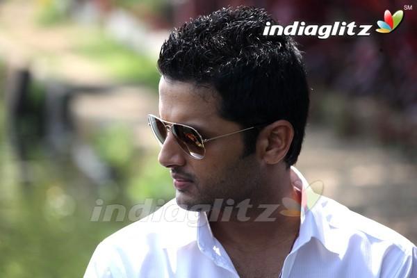 Ishq Photos Telugu Movies Photos Images Gallery Stills Clips