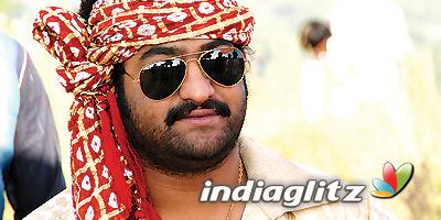 Ntr gets emotional about troubling women | rakhee telugu movie.