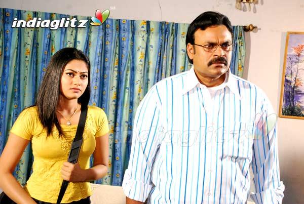 Sarkar (2008)