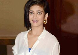Photo leak: Akshara Haasan's ex-boyfriend cooperates with cops
