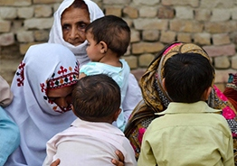 AIDS-affected doctor makes 500 get HIV in Pakistan