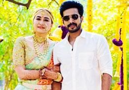Wedding pics of Jwala Gutta, Vishnu Vishal surface on Internet