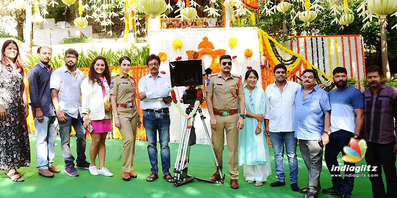 Action-thriller '22' launched on Venkatesh's hands - Tamil
